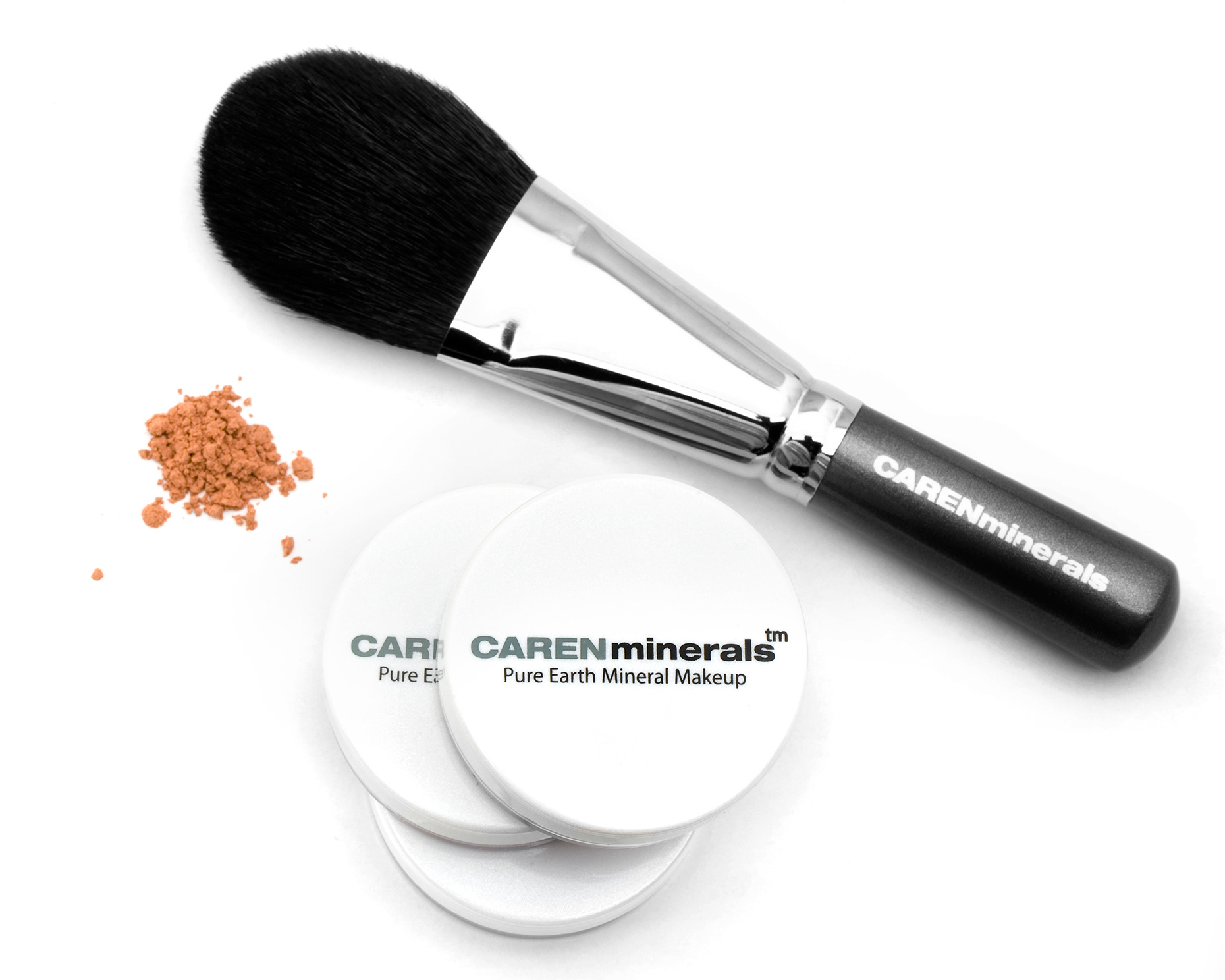 Caren-Minerals-Powder-and-Brush-set_RHanelPhotography