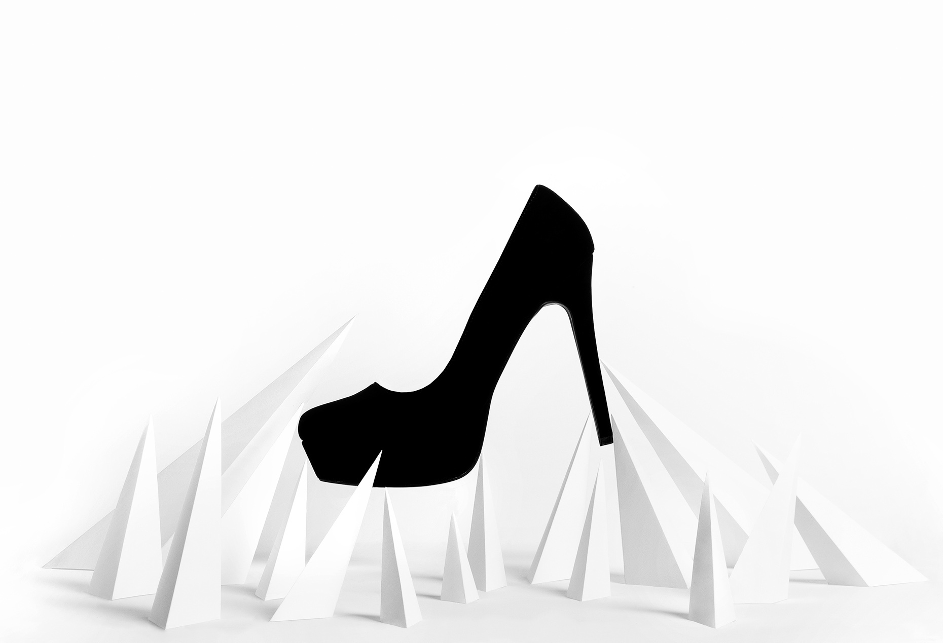 Creative-Product-Image-Black-High-Heel_RHanelPhotography-White-Spikes_forPhotoFolio