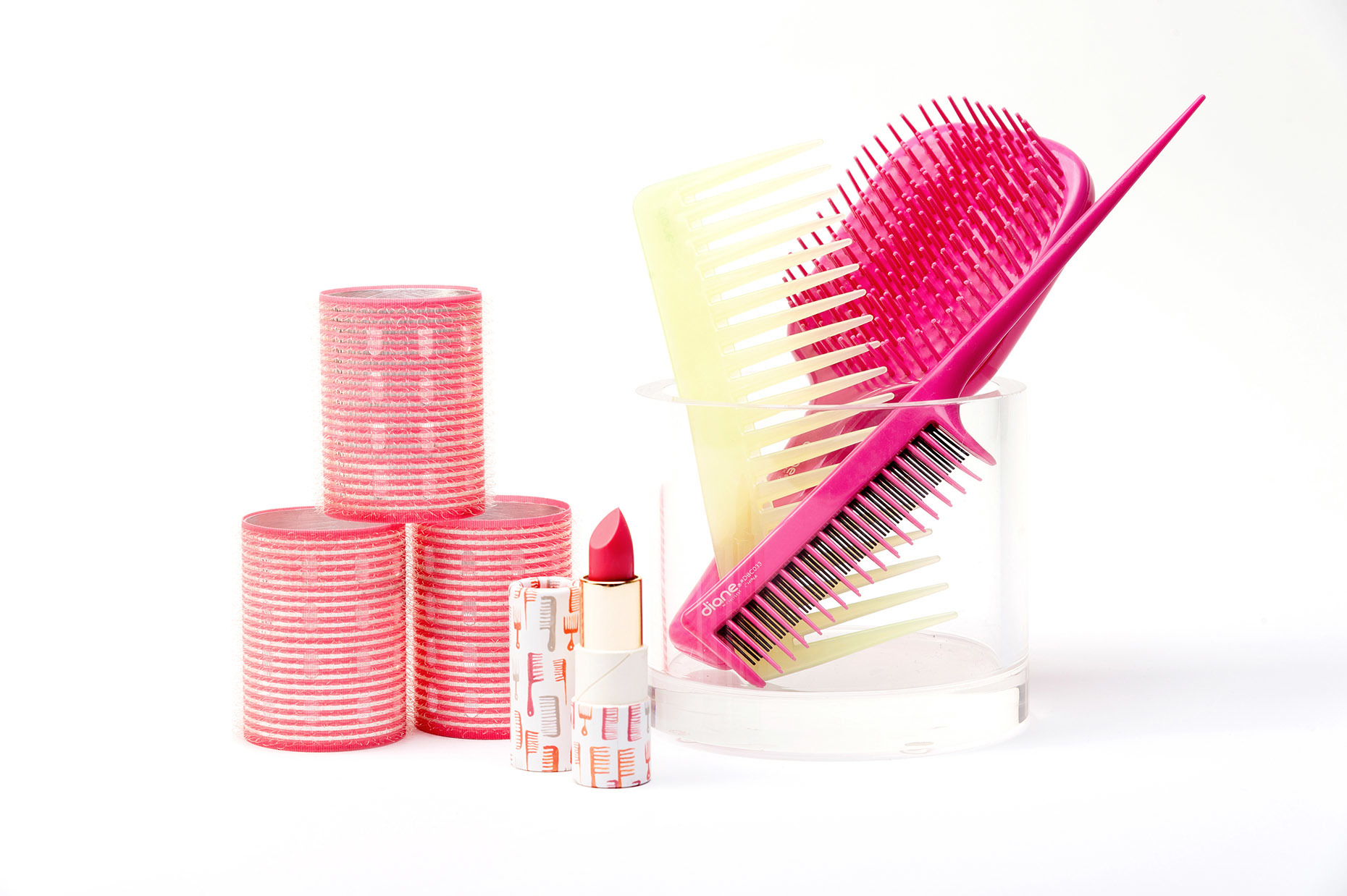 FROMM_1907_Diane_Beauty-Products_Pink-Comb-Brush-Set_RHanelPhotography