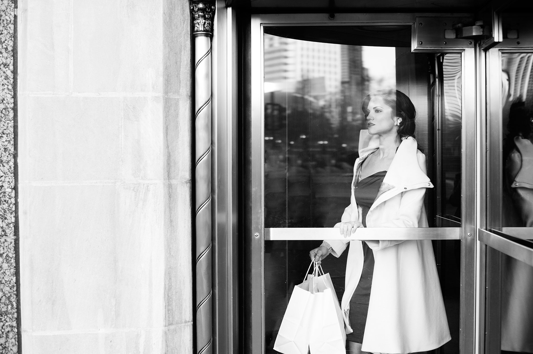 Shopping-in-the-City_DownTown-Chicago_Fashion-Lifesyle_RHanelPhotography
